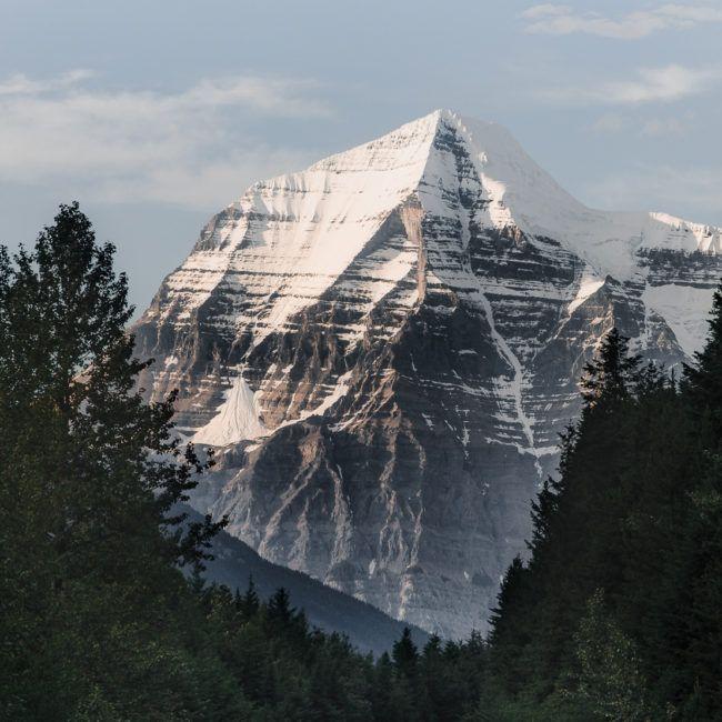Le mont Robson depuis vu depuis les rails